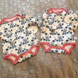 2 Burt's bees onesies size 6-9 months 8 is for 2